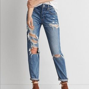 American Eagle Distressed Boyfriend Jeans